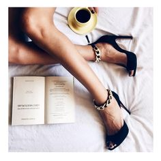 Coffee Reading, Balmain Paris, Instyle Magazine, Daily Fashion, Nine West, Wordpress, High Heels, Turkey, Smile