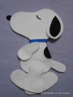 Snoopy um cãozinho super fofo aqui ele ainda estava em fase de produção...  by Litta Santos