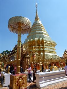 Temple, Chiang Mai, Thailand. so many beautiful temple's each one more lovely than the last
