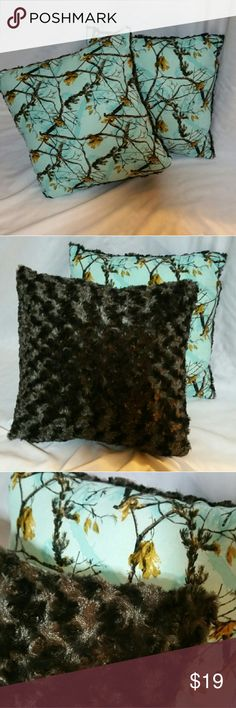 """NEW REALTREE BLUE CAMO THROW PILLOWS A set of 2 handmade Realtree blue camo throw pillows with the softest Brown swirl fur back. 11"""" x11 """" Realtree Accessories"""