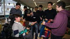 2013-01-04 Los magos barcelonistas reparten ilusión en 7 hospitales de Barcelona