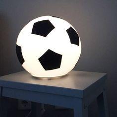 Ikea Fado lamp hacks ideas for kids – Shake My Diy Boys Bedroom Decor, Ikea Bedroom, Crafts For Teens To Make, Diy And Crafts, Kids Diy, Decor Crafts, Easy Crafts, Dollar Store Crafts, Dollar Stores