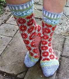 Ravelry: pleximo's 26 PAIR PLUNGE III Fair Isle Knitting, Knitting Socks, Hand Knitting, Unique Socks, Crazy Socks, Wool Socks, Knitting Accessories, Hand Dyed Yarn, Knitting Projects