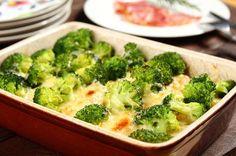 Zapiekanka ziemniaczana z brokułami.