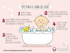 Cómo bañar a un bebé: el primer baño