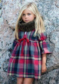 Girl dress // Vestido de niña