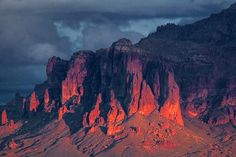 Google Image Result for http://i.pbase.com/o6/75/47975/1/92325665.4BhaXkVO.SuperstitionMountain_81301.jpg