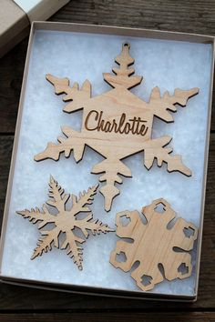 Personalized Snowflake Ornament Wood Christmas Set - FREE SHIPPING USA - Supporting Artists