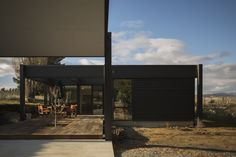Sustainable Architecture, Modern Architecture, Passive House Design, Energy Efficient Homes, Energy Efficiency, Outside Living, Architect House, Modular Homes, Interior And Exterior