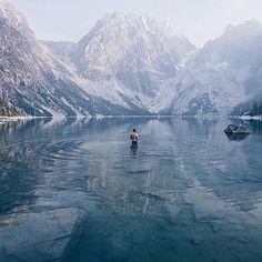 "@modernoutdoorsman en Instagram: ""Morning dip. Photo by @bruinalexander #modernoutdoorsman"""