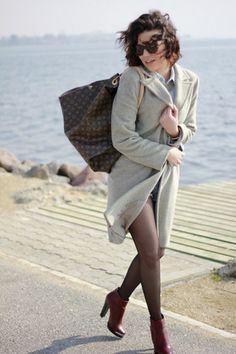 Louis Vuitton Monogram Canvas Artsy Bags Louis Vuitton Artsy, Louis Vuitton Handbags, Louis Vuitton Monogram, Monogram Canvas, Street Style, Style Inspiration, Chic, My Style, Womens Fashion