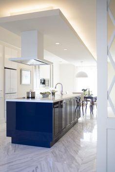 キッチンハウス/オーダーキッチン/オープンキッチン/アイランドキッチン/ゆとりある空間 /インテリア/デザイン/框/框扉 Kitchen Pantry, Kitchen Sink, House Building, My Dream Home, Home Kitchens, Architecture Design, Room, Ideas, Home Decor