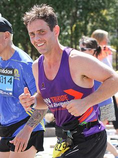 Star Tracks: Tuesday, April 22, 2014 | FEELING STRONG-AH | Boston native Joey McIntyre supports his hometown, making a run for it during Monday's Boston Marathon, which an American won for the first time since 1985.