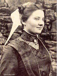 Callac-de-Bretagne. Tradition vestimentaire. Encyclopédie Marikavel.