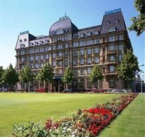Maritim Parkhotel Mannheim: Featuring 24 hour room service, a 24 hour business centre and conference rooms the Maritim Parkhotel Mannheim offers a comfortable setting when visiting Mannheim.   http://mannheimhotel.blogspot.com/