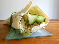 Chicken Wrap – Vietnamese inspired Author: Vanessa Save Print I was hanging… Top Recipes, Great Recipes, Healthy Recipes, My Favorite Food, Favorite Recipes, Clean Eating, Healthy Eating, Healthy Food, Recipe Creator