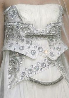 wink-smile-pout:  Givenchy Haute Couture Fall 2009 Details