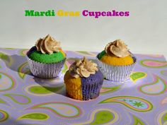 Tri-Colored Cupcakes with Cinnamon Frosting:  Mardi Gras Cupcakes recipe