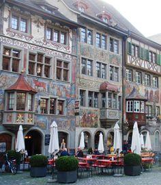 Beautifully painted houses in Switzerland #travel #Europe #smileshare