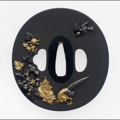 Tsuba with design of birds and flowers Japanese Edo period century Ishiguro Koreyoshi, School Ishiguro School (Japanese) Samurai Weapons, Katana Swords, Samurai Warrior, Samurai Artwork, Japan Crafts, Gold Leaf Art, Japanese Sword, Japan Art, Museum Of Fine Arts