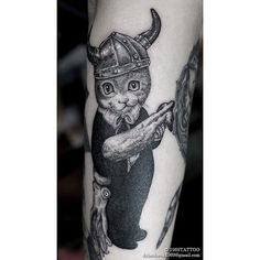 Dylan-Kwok-tattoo-artist-the-vandallist-3.jpg (640×640)