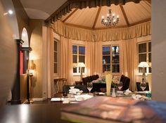 I Am A Connemara Man man besonders schön im unkonventionellen Hotel #CortisenamSee am ...