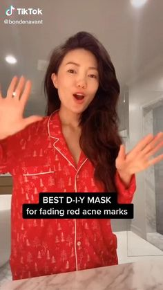 The Best DIY Face Mask For Fading Red Acne Marks Beauty TikTok - corona health tips Beauty Tips For Glowing Skin, Clear Skin Tips, Red Acne Marks, Best Diy Face Mask, Masks For Acne Scars, Mask For Pimples, Diy Mask For Acne, Diy Acne Face Mask, Best Masks For Acne