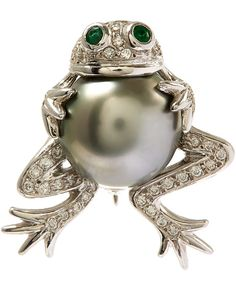 White Gold Tahitian Pearl Frog Diamond Brooch