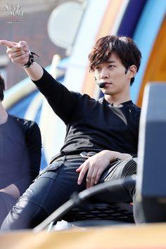 "Képtalálat a következőre: ""lee junho your hand"" Jay Park, Korean Celebrities, Korean Actors, Chief Kim, Handsome Asian Men, Lee Junho, Taecyeon, Attractive Guys, Lee Jong Suk"