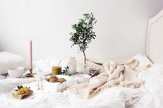 Vanelja - Sunday in bed