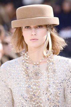 Chanel Fall 2016 Beauty #hat