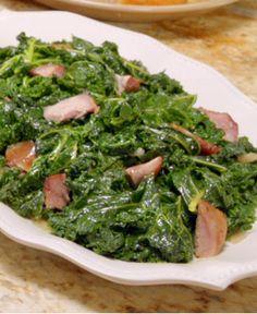 Patti Labelle's Kale with Smoked Turkey Leg http://wm13.walmart.com/Cook/Recipes/93487/