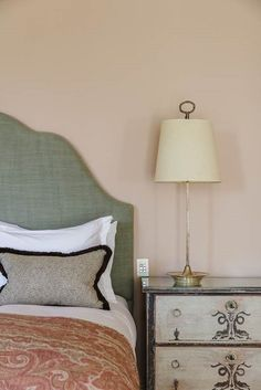 Natural Heritage Paint Colours From Eco-Friendly Paint Specialists Edward Bulmer. Cottage Paint Colors, Paint Colors For Home, House Colors, Paint Colours, Home Bedroom, Bedroom Decor, Babington House, Big Bedrooms, Nature Paintings