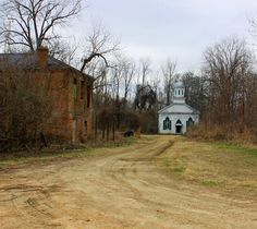 Rodney, MS ghost town. Several trips in here