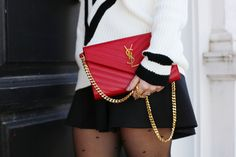 Casual Look. Trendy Look. A trendy life. #casual #trendy #yvessaintlaurentbag #blackandwhite #b&w #redbag #redlips #details #romwe #zalando #yvessaintlaurent #ysl #elakokette #sarenza #outfit #fashionblogger #atrendylife www.atrendylifestyle.com
