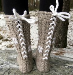 Crochet Socks, Knitting Socks, Knit Crochet, Boot Socks, Sock Shoes, Leg Warmers, Mittens, Needlework, Diy And Crafts
