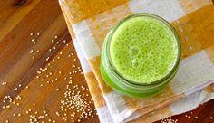 Creamy Quinoa, Kale & Almond Milk Smoothie