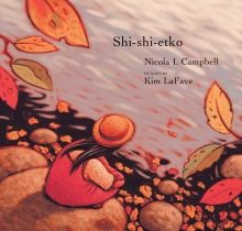 Shi-shi-etko by Nicola I. Campbell is about a young girl named Shi-shi-etko who spends her last few days before leaving for a residential school getting valuable life lessons from her family. Aboriginal Children, Aboriginal Education, Indigenous Education, Indigenous Art, Aboriginal Art, Native American Children, American Indians, Residential Schools, Les Religions