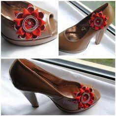 A Pair of Zipper gerbera shoe clip - zip flower craft - shoe brooch £14.00