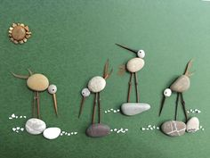813 images about Kreativ - Rock / Stone / Pebble Art on We Heart It Sea Glass Crafts, Sea Glass Art, Shell Crafts, Pebble Painting, Pebble Art, Stone Painting, Hobbies And Crafts, Crafts For Kids, Arts And Crafts