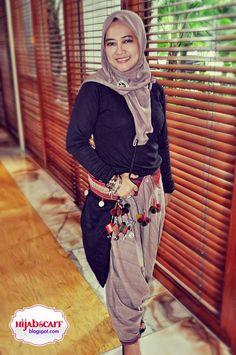 Style Spotted : Islamic Fashion Festival 2010 | Hijab Scarf