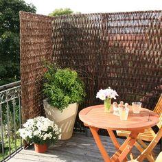 Balkon Sichtschutz Weide. Stark strukturiertes Weidengeflecht als Sichtschutz. Sichtschutzelemente aus Weide - verschiedene Größen jetzt ansehen!