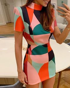 Geo Print Short Sleeve Bodycon Dress dress for teens easter 2019 formal dress casual dress hoco dress wedding dress prom dress summer dress fall dress homecoming dress cute dress modest dress vintage dress cocktail dress party dress classy dr Tight Dresses, Short Dresses, Dresses For Work, Trend Fashion, Look Fashion, Ladies Fashion, Woman Fashion, Classy Dress, Classy Outfits