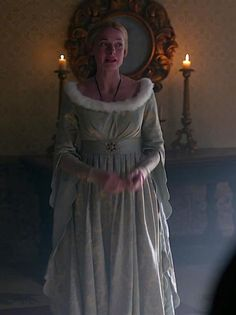 Rebecca Ferguson as Elizabeth Woodville in The White Queen - 2013