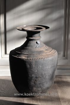 Koperen vaas uit Nepal