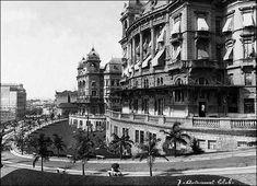 Em primeiro plano o Palacete Prates 2 sede do Automóvel Club, e a seguir o da Prefeitura e Câmara Municipal, ambos formando o cenário do Bulevard Parque do Anhangabaú, em 1921