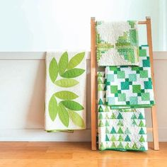 Oh hey you say is Yep, I got you covered and I fully endorse this color pick! Photo by These quilt patterns are found in the with by me. Color Of The Year 2017, Hello July, Two Color Quilts, Color Pick, Green Quilt, Green Books, Book Quilt, Quilt Making, St Patricks Day