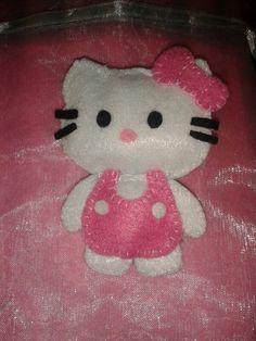 Kitty broche