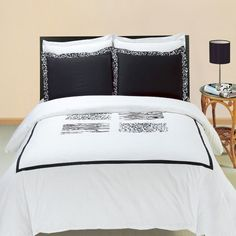 Modern Hotel Style Black and White Leopard 100 percent Egyptian Cotton Embroidered Duvet Comforter Cover and Shams Set.