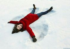 Snow Pictures, Girl Pictures, Snow Photography, Photography Poses, Snow Angels, Winter Pictures, Senior Girls, Good Morning Images, Senior Photos